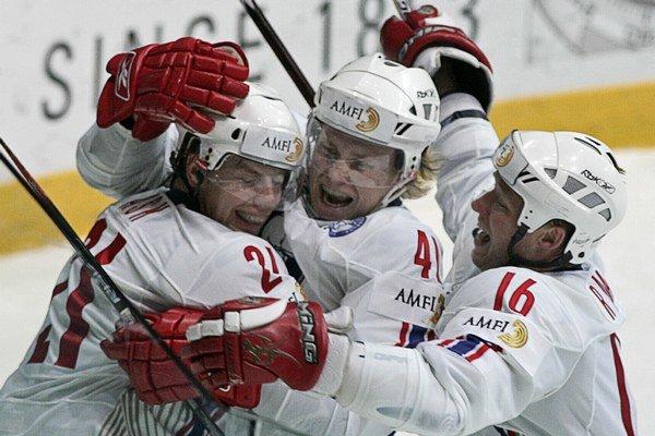 O úvodný gól stretnutia sa postaral skúsený nórsky legionár Patrick Thoresen (uprostred).