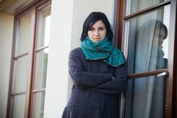 Monika Kompaníková (1979)Spisovateľka. Narodila sa v Považskej Bystrici. Vyštudovala grafiku a maľbu na Vysokej škole výtvarných umení v Bratislave. V roku 2001 a 2003 získala ceny v súťaži Poviedka. Cenu Ivana Kraska za najlepší debut získala za knihu