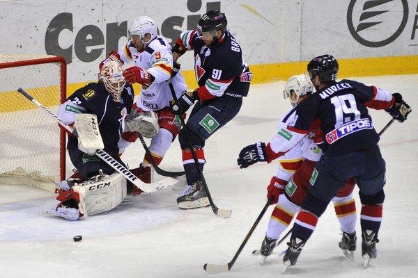 V poslednom zápase sezóny Slovan na Jokerit nestačil.