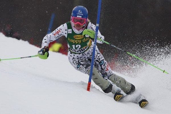 Veronika Velez-Zuzulová sa na podujatie Svetového pohára v Aare pripravovala v pretekoch seriálu FIS.