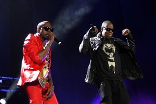 Kanye West a Jay–Z na koncerte v New Yorku, počas nahrávania spoločného albumu sa vraj výborne  zabávali.