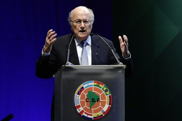Švajčiar Sepp Blatter sa bude uchádzať už o piaty mandát prezidenta Medzinárodnej futbalovej federácie.