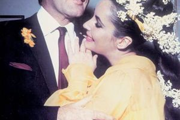 Liz Taylor a Richard Burton v šťastnom období.