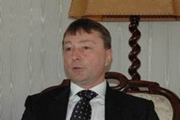 Vladimír Rösel počas pohovoru s ministrom kultúry.