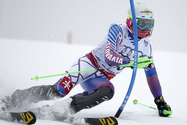 Lyžiar Adam Žampa sa sťažoval na spory v Slovenskej lyžiarskej asociácii i na slabé finančné zabezpečenie. Po reforme športuby sa podobným problémom malo zamedziť lepšou kontrolou.