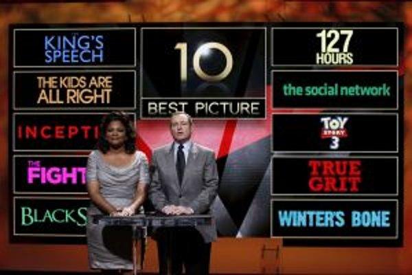 Herečka Mo'Nique sa vlani blysla v dráme Precious, teraz s prezidentom Americkej akadémie Tomom Sherakom oznámila nominácie  na najlepší film roka.