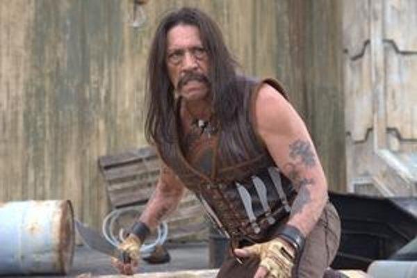 Odpudivý záporný typ, ale zahraný s pôžitkom. Danny Trejo vo filme Roberta Rodrigueza Machete.