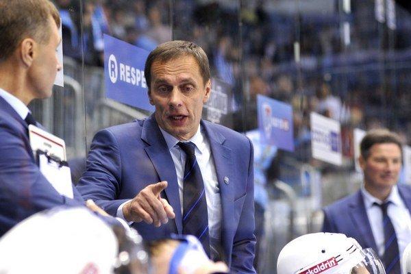 Tréner Dinama Minsk Ľubomír Pokovič.