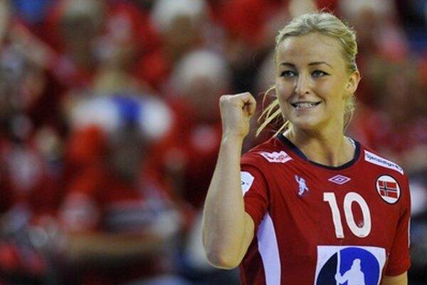 Nórska hádzanárka Stine Bredal Oftedalová sa teší.