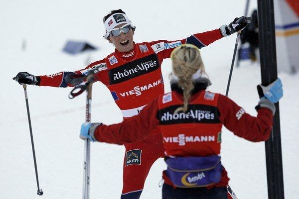 Vlani preteky štafiet v La Clusaz vyhrali Nórky. Tento rok sa pre nedostatok snehu neuskutočnia.