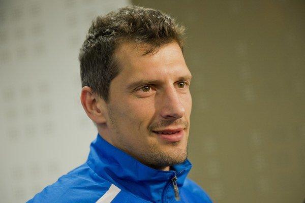 Obranca Marián Čišovský pôsobil aj v národnom tíme. Momentálne pre chorobu vôbec nehráva.