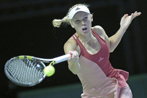 Caroline Wozniacka smeruje do semifinále WTA Finals.