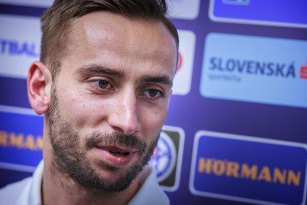 Dušan Švento odohral za národný tím 29 zápasov, dal jeden gól.