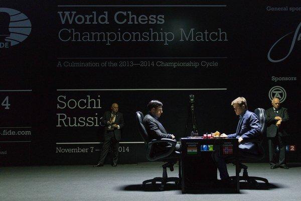 Stav šachového súboja je nerozhodný.