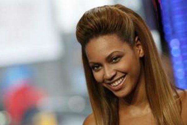 Speváčka Beyoncé vyhrala tri ceny MTV Video Music Awards - za najlepší videoklip, choreografiu a strih.
