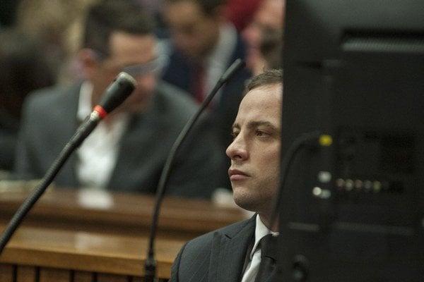 Oscar Pistorius na súdnom pojednávaní.