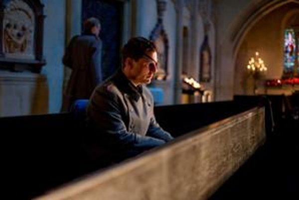 Tom Cruise v hlavnej úlohe filmu Valkýra.