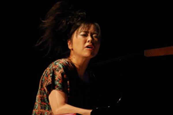 Japonská klaviristka Hiromi Uehara.