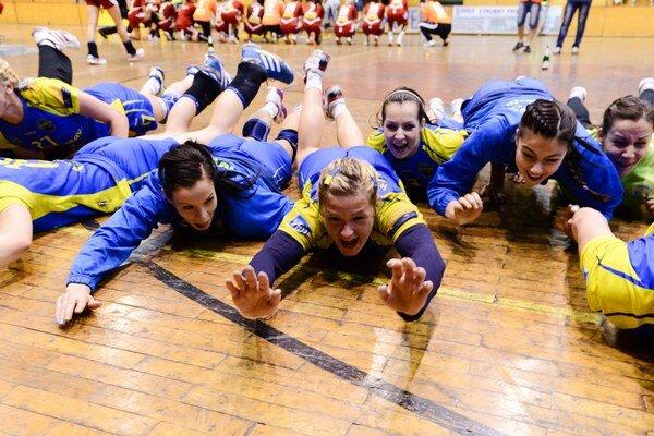 Z výhry vo WHIL sa túto sezónu tešili hráčy Iuventy Michalovce.