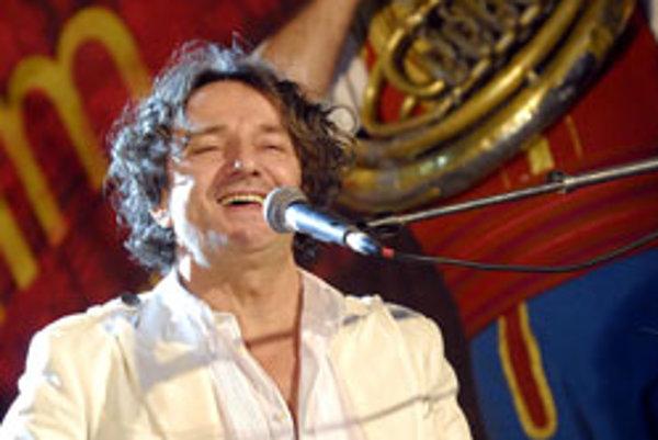Koncert srbského hudobného skladateľa Gorana Bregoviča 29. júna 2007 na námestí v Trenčíne počas 15. ročníka medzinárodného filmového festivalu Artfilm