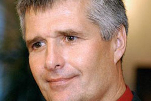 Slovenský filmár Pavol Barabáš. (Zvolen, 18. máj 2007.)