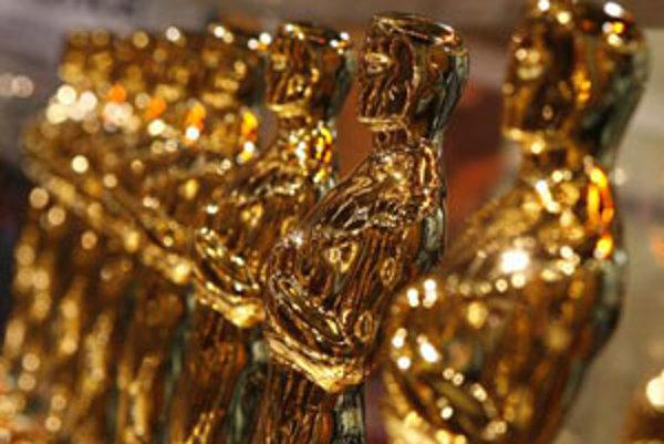 Sošky Oskarov vo výklade s názvom Meet the Oscars, New York - Time Square.