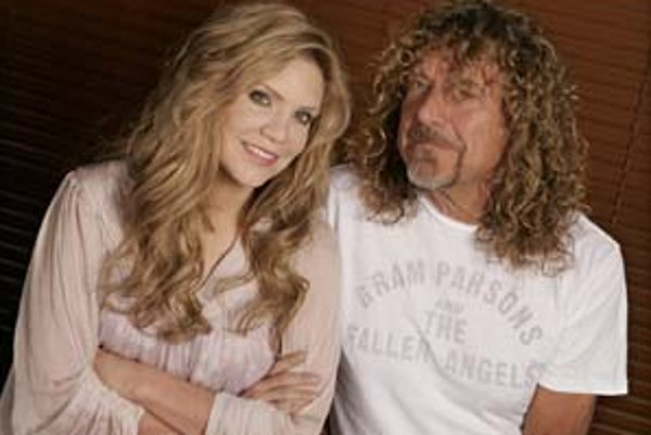 Nezvyčajné duo – bluegrassová speváčka Alison Kraussová s legendárnym rockerom Robertom Plantom.