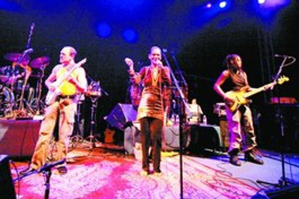 So Zawinulom hrávali hudobníci z piatich kontinentov.
