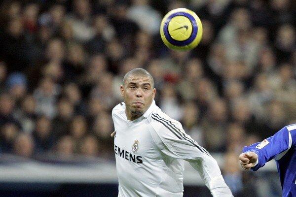 Ronaldo v drese Realu Madrid v roku 2005.