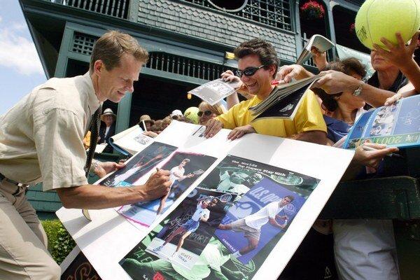 Stefan Edberg hľadá spôsob ako spolupracovať s Federerom.