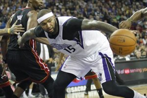 Basketbalista Sacramenta DeMarcus Cousins. Jeho mužstvo doma zdolalo Miami.
