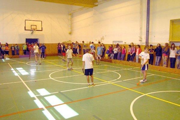 Telocvičňa Základnej školy vo Svätom Jure.