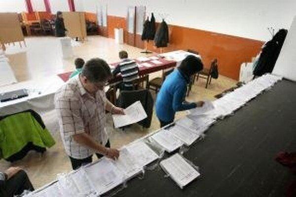 K voľbám môžu prísť aj cudzinci s trvalým pobytom na Slovensku.