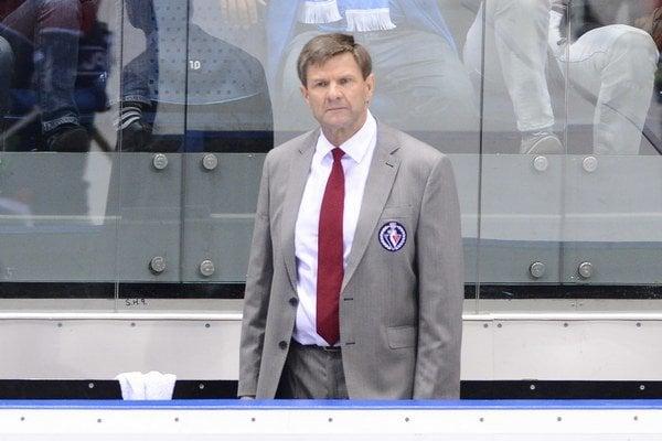 Tréner Slovana Bratislava Rostislav Čada.