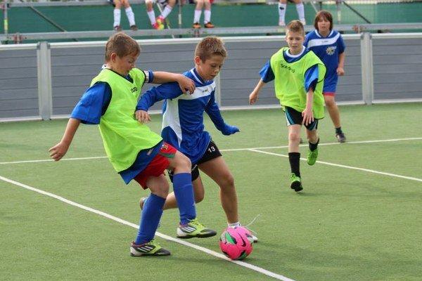 V Senci sa podarilo vytvoriť Detskú futbalovú miniligu.