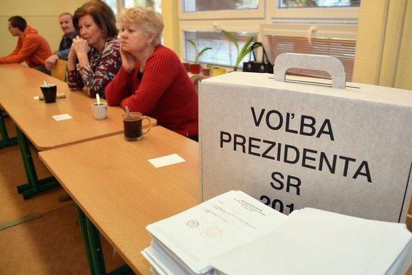 Nového prezidenta si zvolíme dnes.
