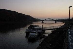 Pohľad na Krajinský most v Piešťanoch.