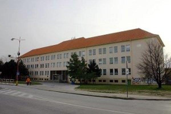 Kurz sebaobrany sa bude konať Základnej školy J. Bottu v Trnave.