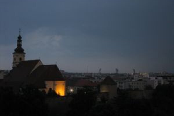 Osvetlenie bude stáť mesto tento rok asi 900-tisíc eur.
