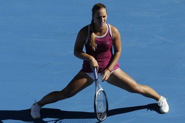 Dominika Cibulková vyhrala zápas proti Ashleigh Bartyovej vlastnými zbraňami.