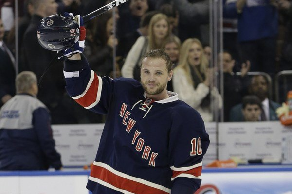 Marián Gáborík strelil štrnásty hetrik v kariére v NHL a pripísal si prvé body v sezóne.
