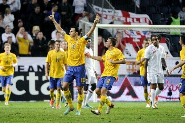 Oslavné gesto Zlatana Ibrahimoviča po treťom góle proti Anglicku.