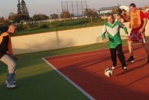 Spomienkový zápas sa odohral na multifunkčnom ihrisku v Dolných Orešanoch.