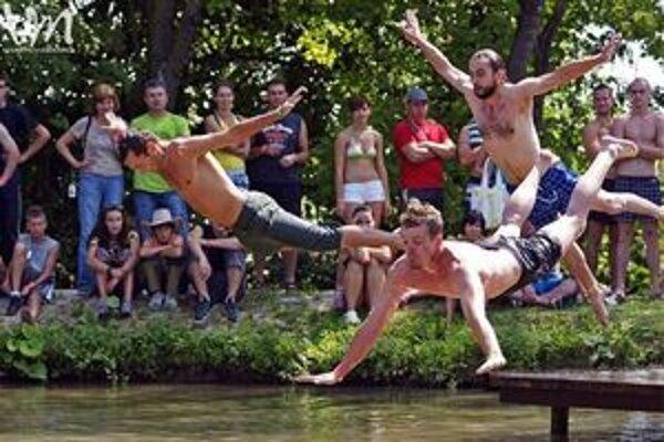 V sobotu budú od 10-tej prebiehať súťaže na rybníku a v parku.