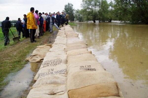 Obce v povodí Parnej ohrozujú povodne.