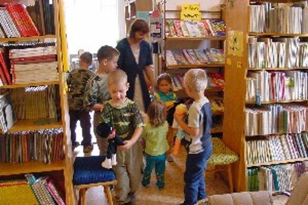 Knižnica Juraja Fándlyho registruje viac ako 13 tisíc čitateľov, minulý rok ju navštívilo 205 tisíc návštevníkov, z toho 27570 virtuálne.
