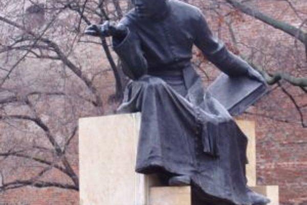 Medzi Koniarkove diela patrí aj socha Antona Bernoláka, umiestnená v rovnomennom parku v Trnave.