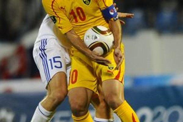 Slováci ani Macedónci si na ME 2012 nezahrajú.