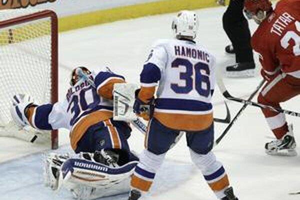 V 51. minúte zápasu Detroit  Red Wings – New York  Islanders prekonal Tomáš Tatar brankára Dwayna Rolosona.