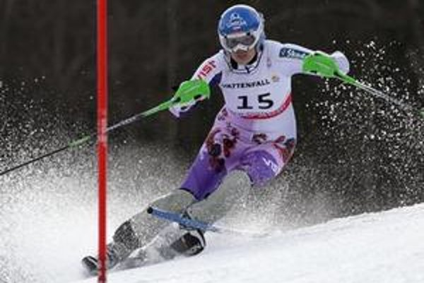 Veronika Zuzulová počas prvého kola slalomu na svetovom šampionáte.